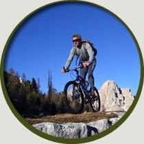 Trekking pedalata assistita