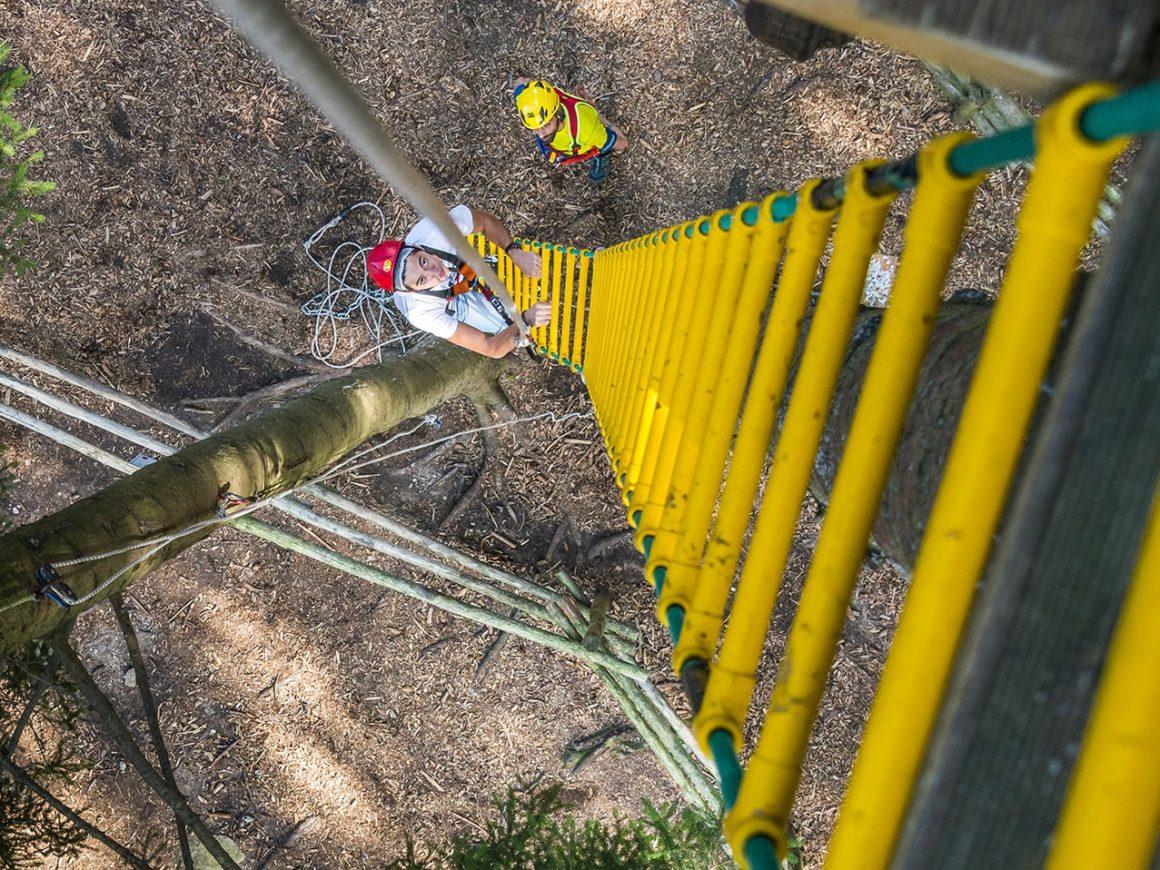 Percorsi adrenalinici al Jungle Raider Park di Civenna