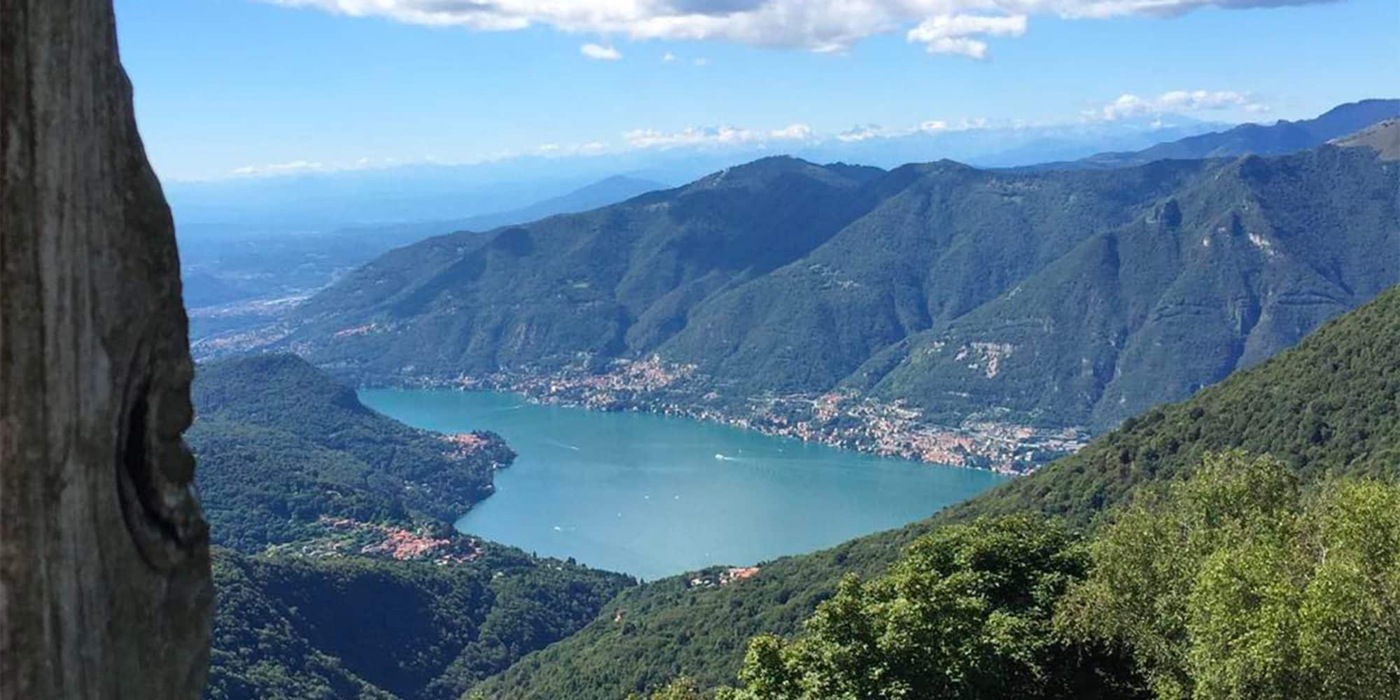 Il lago di como visto dall'Alpe del Vicerè