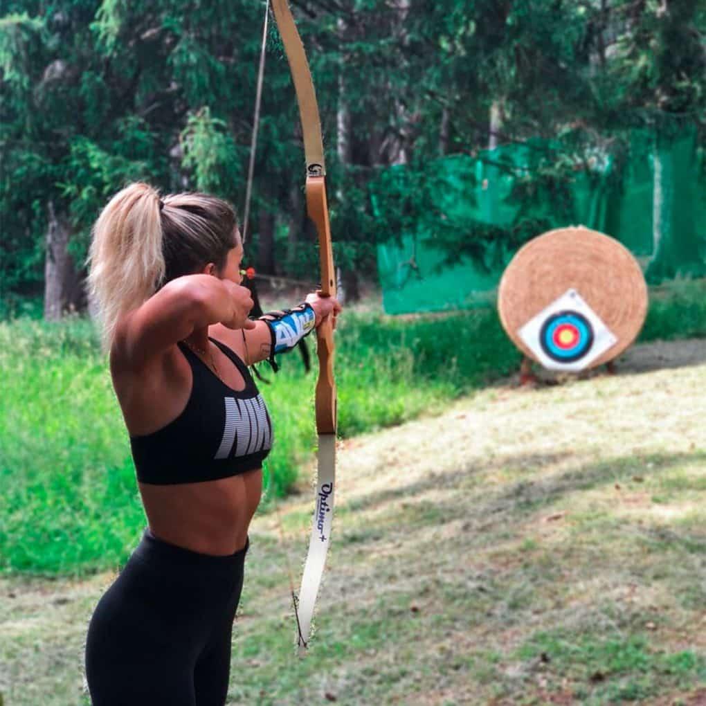 Poligono per il tiro con l'arco disponibile nel parco avventura vicino a Lecco