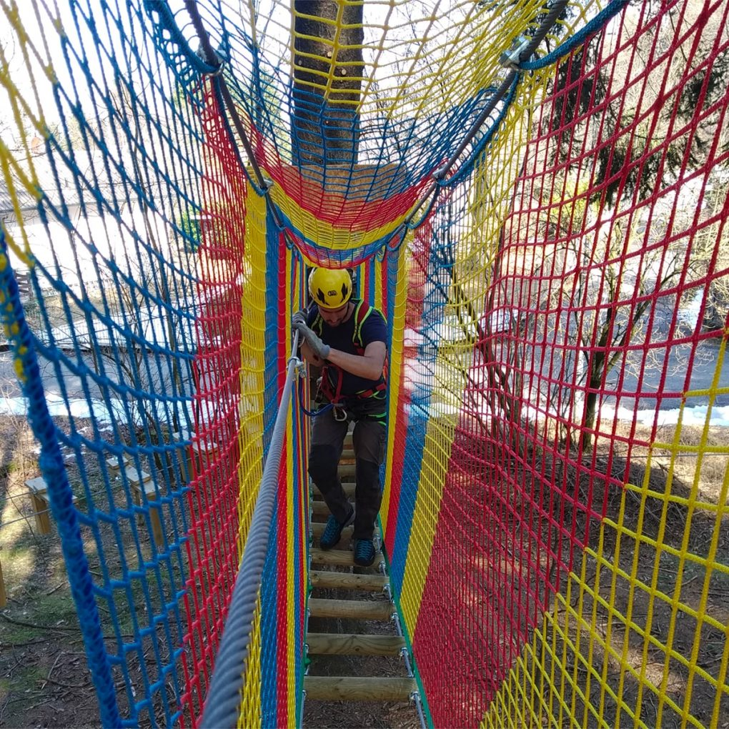 Costruzione parco Jungle Raider Park di Civenna