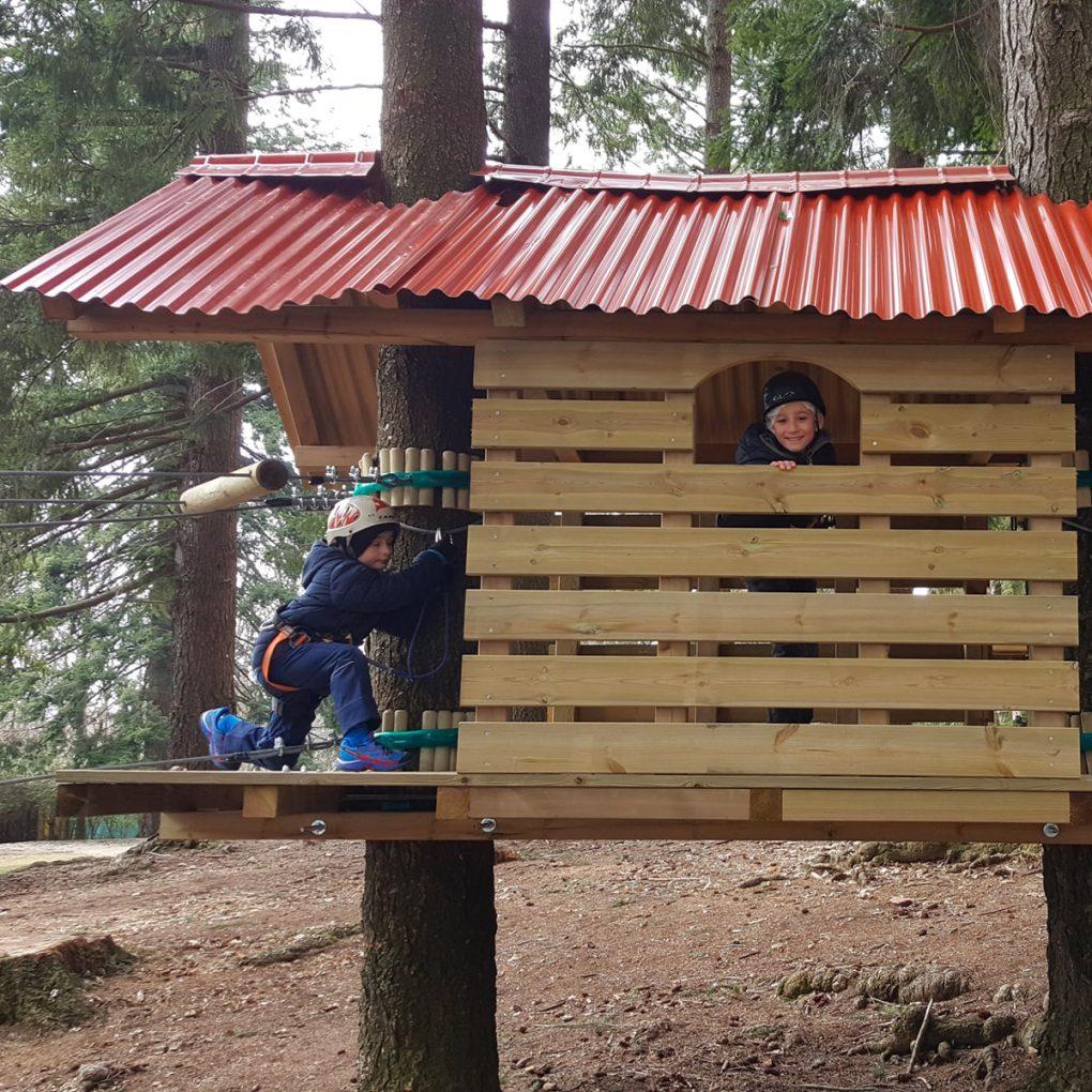 Costruzione parco avventura per bambini a Albavilla
